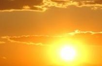 Ηλιοβασίλεμα στην Τριχωνίδα απ΄ το Πετροχώρι